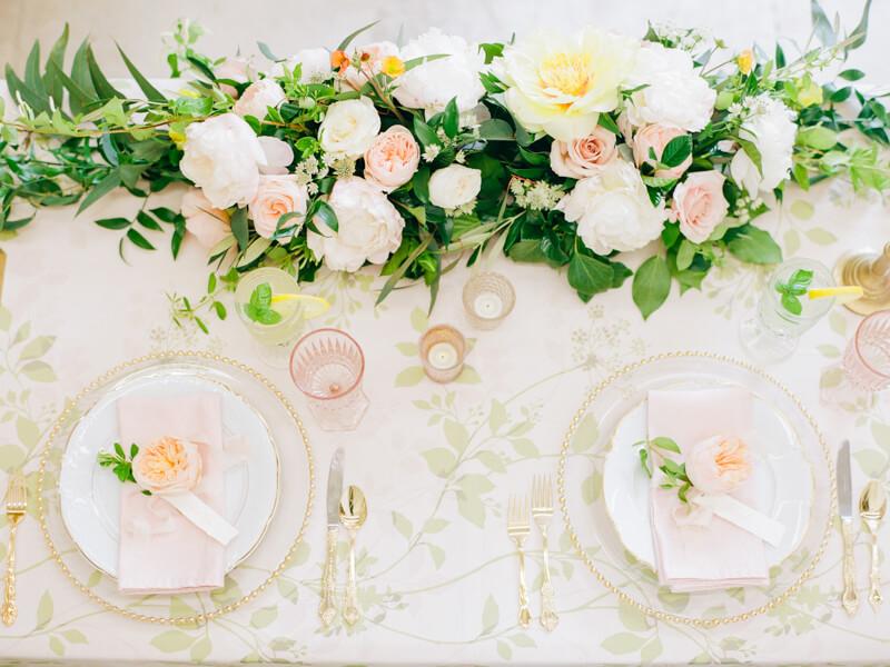 bright-summer-wedding-inspiration-7.jpg