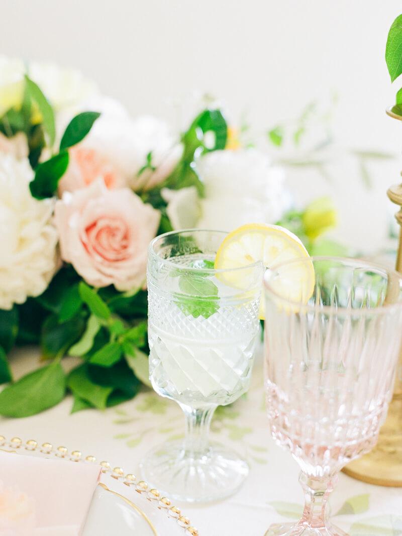 bright-summer-wedding-inspiration-6.jpg