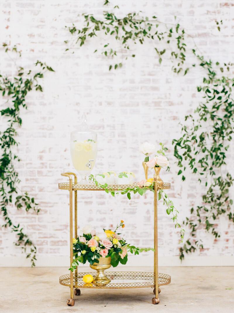 bright-summer-wedding-inspiration-21.jpg