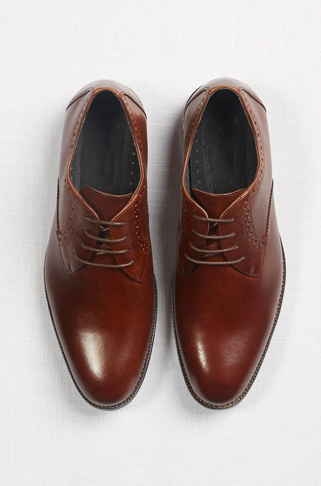 the-groomsman-suit-dress shoes brown.jpg