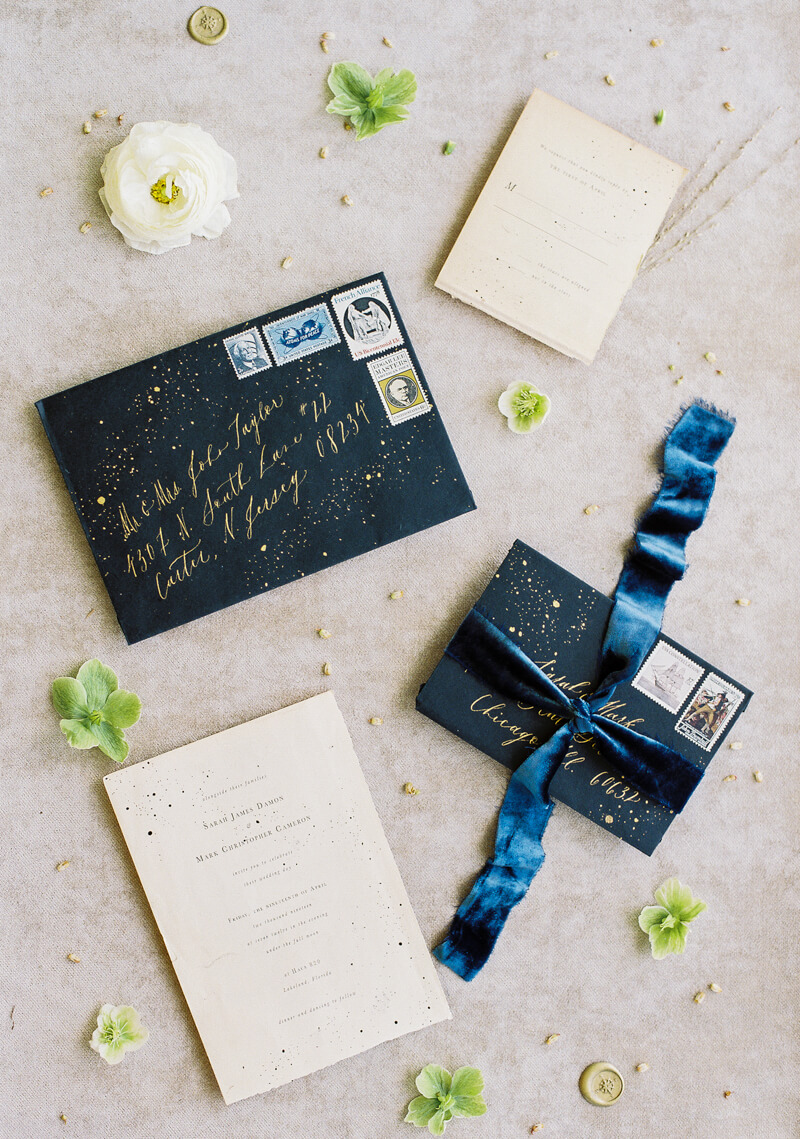 minimalist-celestial-wedding-inspo-19.jpg