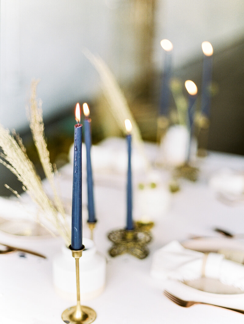 minimalist-celestial-wedding-inspo-23.jpg