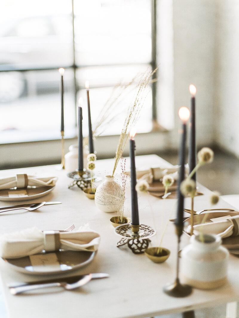 minimalist-celestial-wedding-inspo-7.jpg