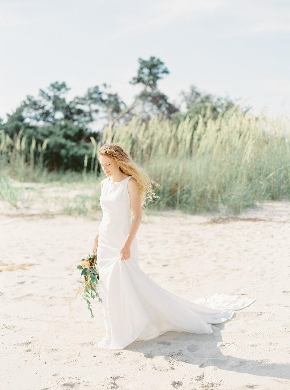seaside-bridal-shoot-fine-art-14.jpg