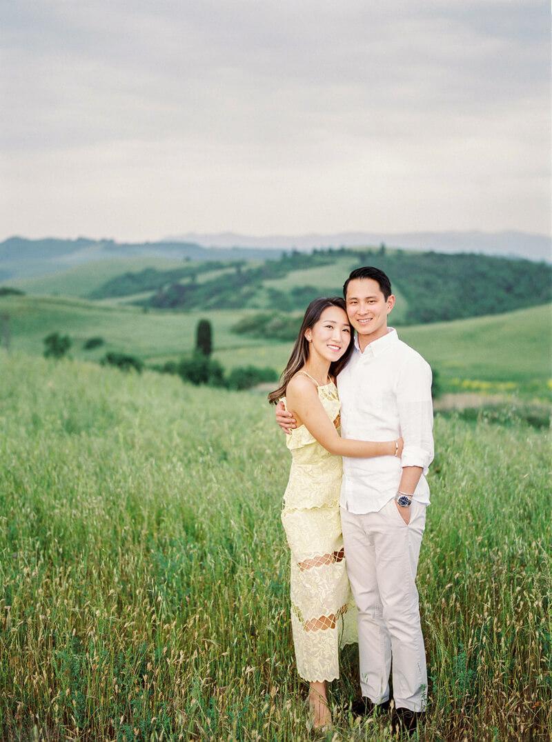 tuscany-italy-engagement-photos-14.jpg
