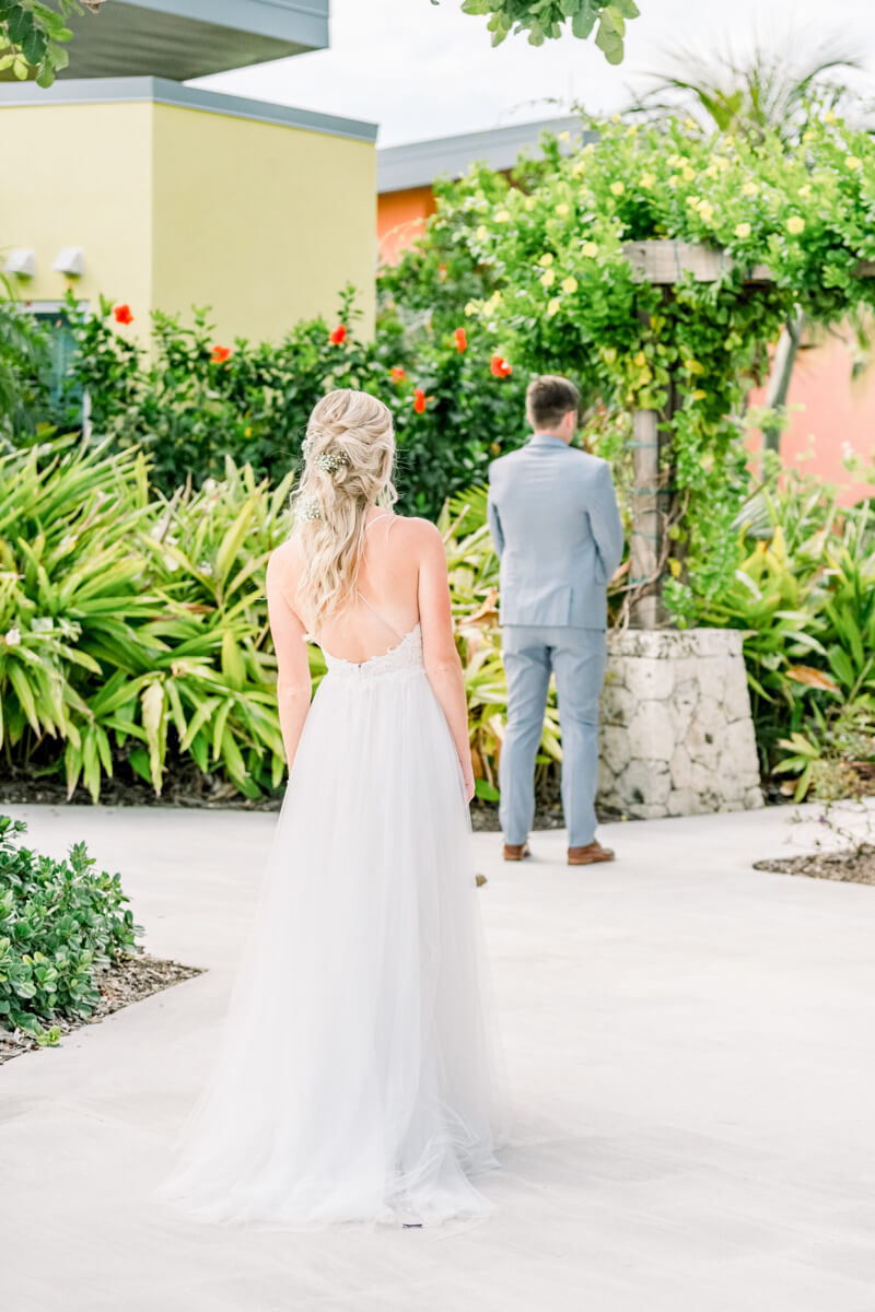 cayman-islands-destination-wedding--Stephanie and Chase were married on a beautiful Caribbean day at the Kimpton SeaFire Resort in Grand Cayman, Cayman Islands. The decor was full of feminine touches. Foregoing the -usual- Caribbean beach-5.jpg