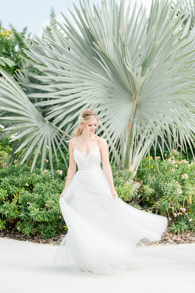 cayman-islands-destination-wedding--Stephanie and Chase were married on a beautiful Caribbean day at the Kimpton SeaFire Resort in Grand Cayman, Cayman Islands. The decor was full of feminine touches. Foregoing the -usual- Caribbean beach-10.jpg