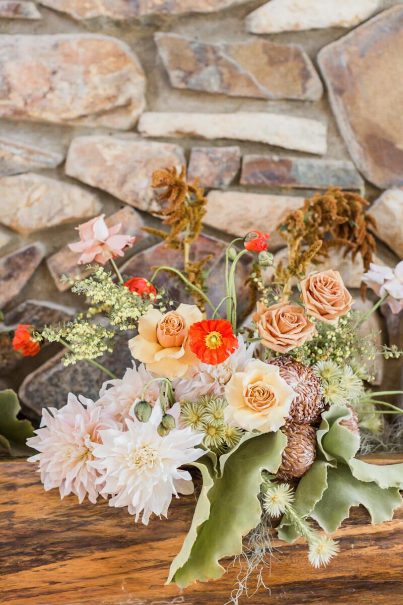 bright-joyful-wedding-inspo-21.jpg