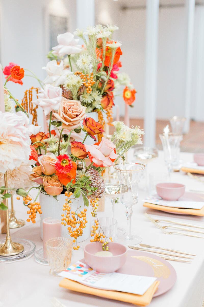 bright-joyful-wedding-inspo-24.jpg