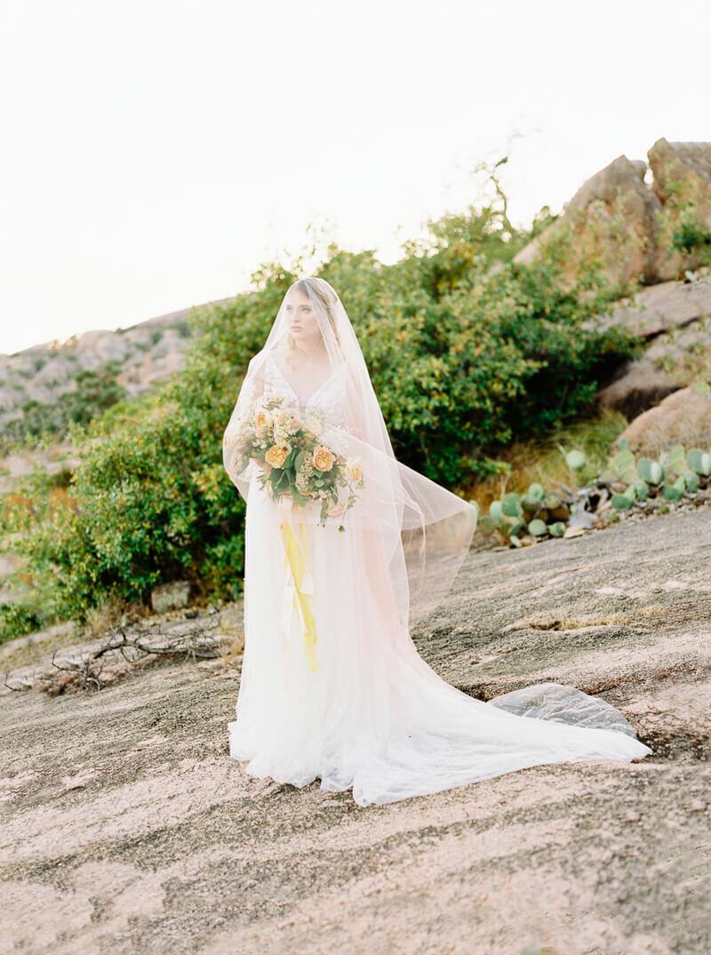 enchanted-rock-bridal-shoot-6.jpg