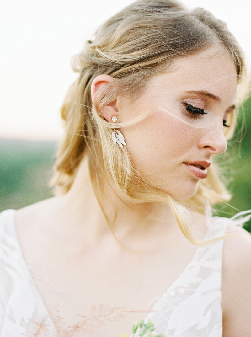 enchanted-rock-bridal-shoot-26.jpg