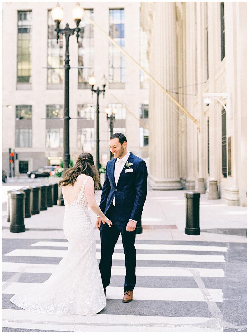 downtown-chicago-wedding-photos-10.jpg