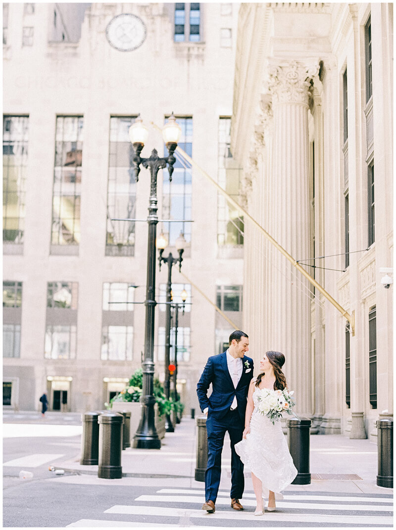 downtown-chicago-wedding-photos-11.jpg