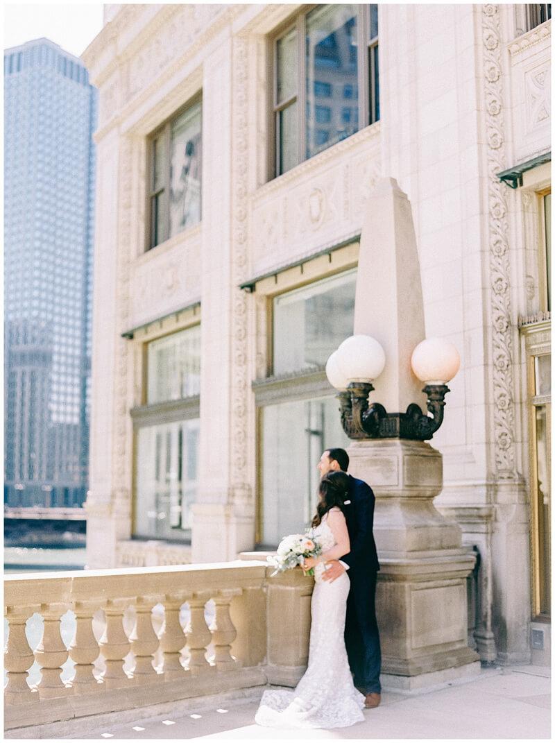 downtown-chicago-wedding-photos-17.jpg