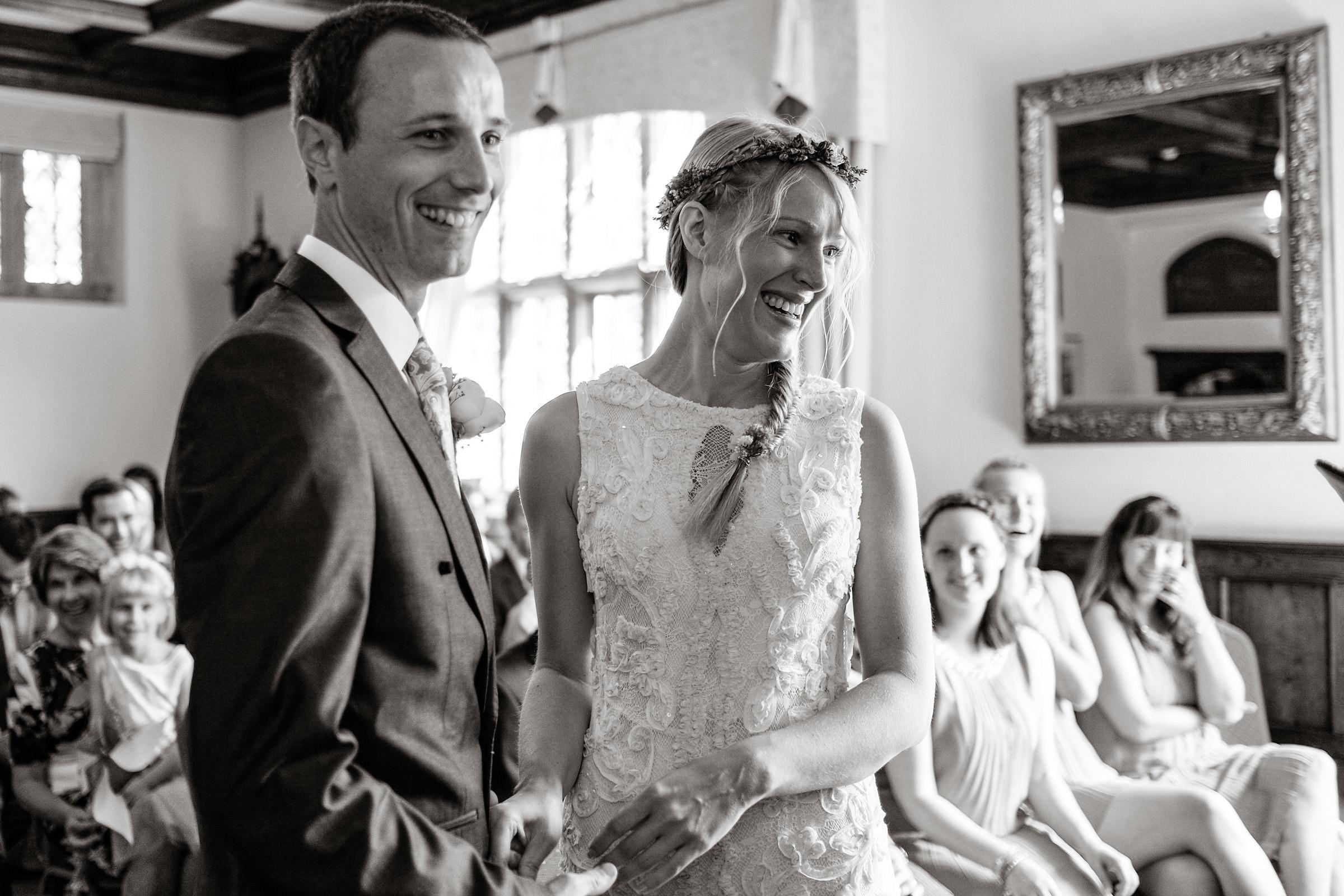 Natural wedding photography portfolio 066.jpg