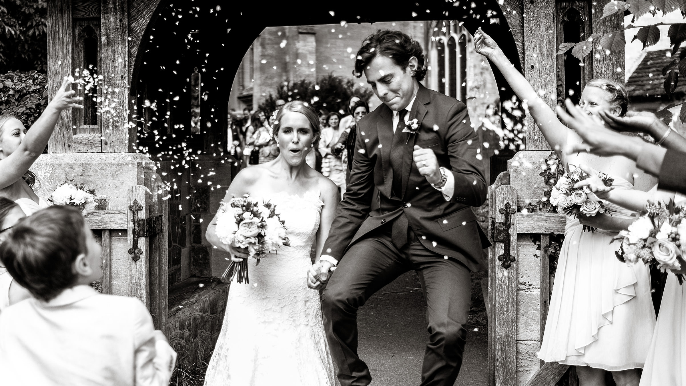 Natural wedding photographer 002.jpg