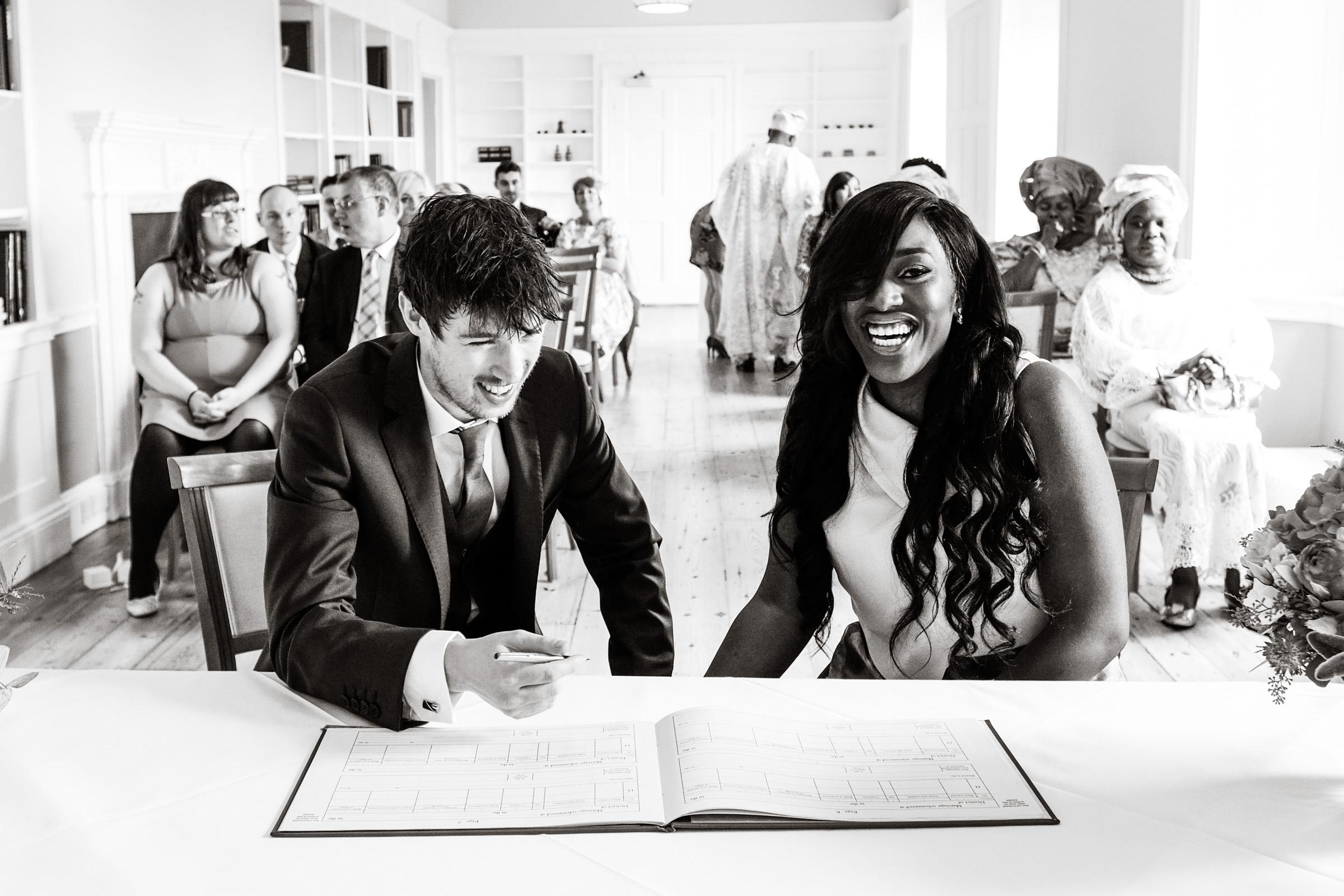 Wedding Photography at Farnham Castle 009.jpg