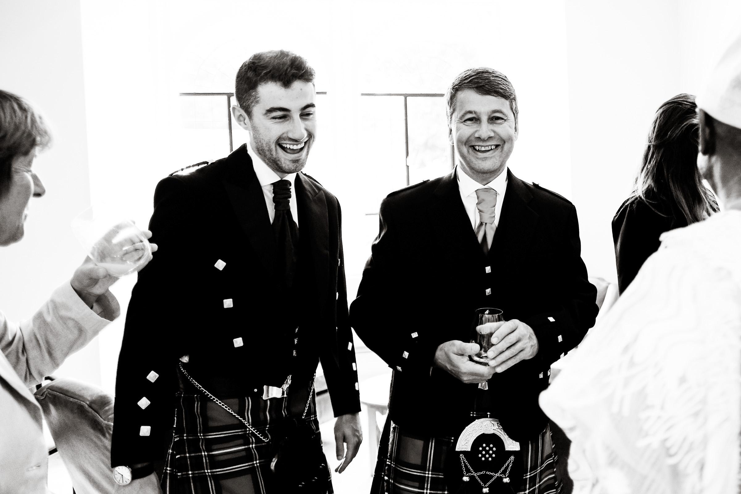 Wedding Photography at Farnham Castle 011.jpg