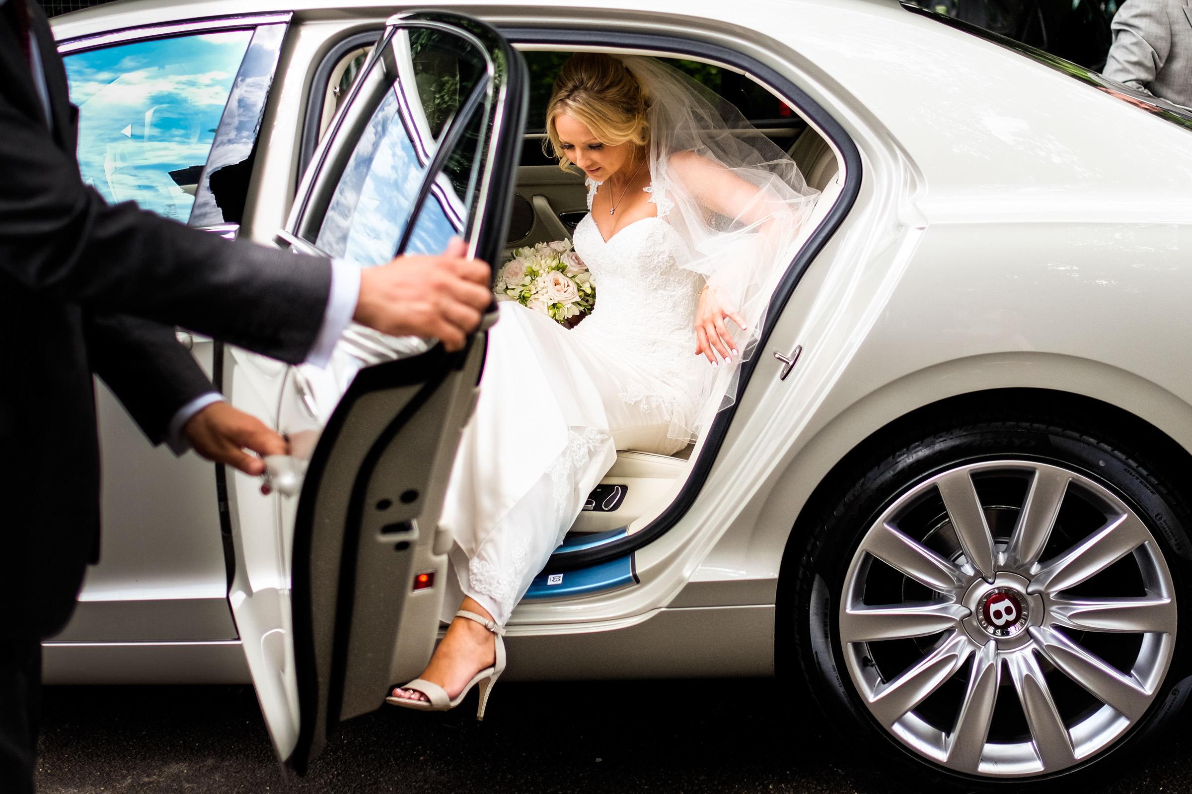 Wedding at Parkside School in Surrey 012.jpg