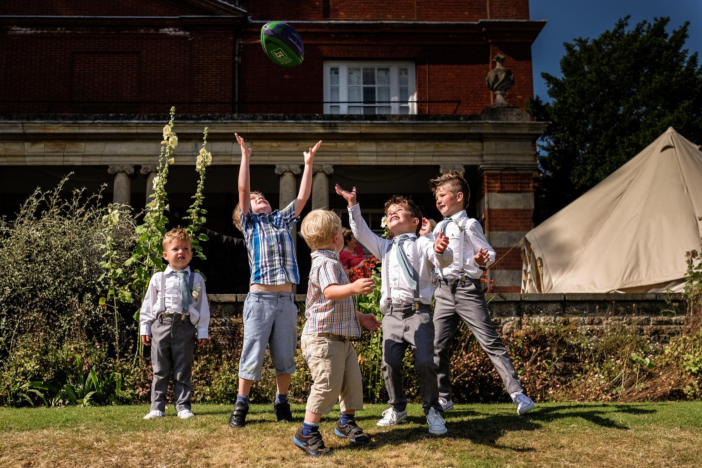 Wedding at Parkside School in Surrey 024.jpg