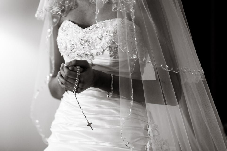 Botleys-Mansion-wedding-photography-Chertsey-Surrey-Gaby-and-Lewis-2.jpg