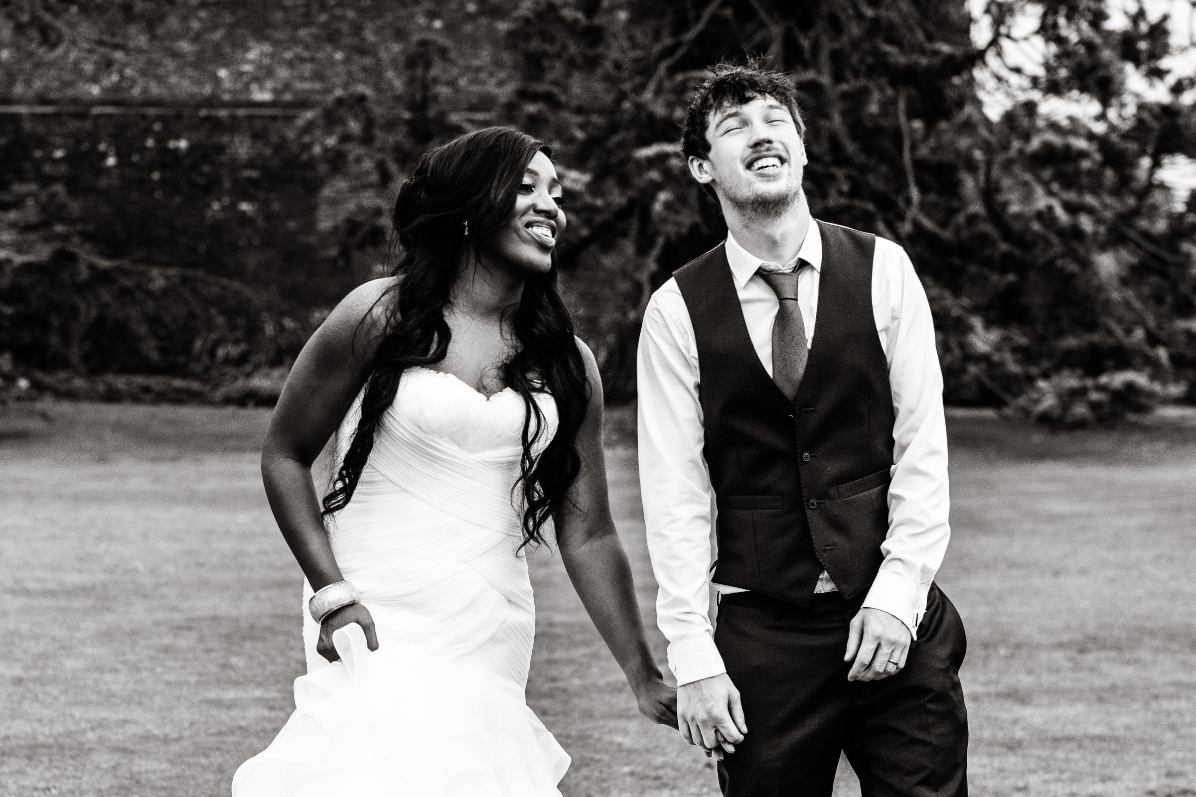 Wedding+Photography+at+Farnham+Castle+032.jpg