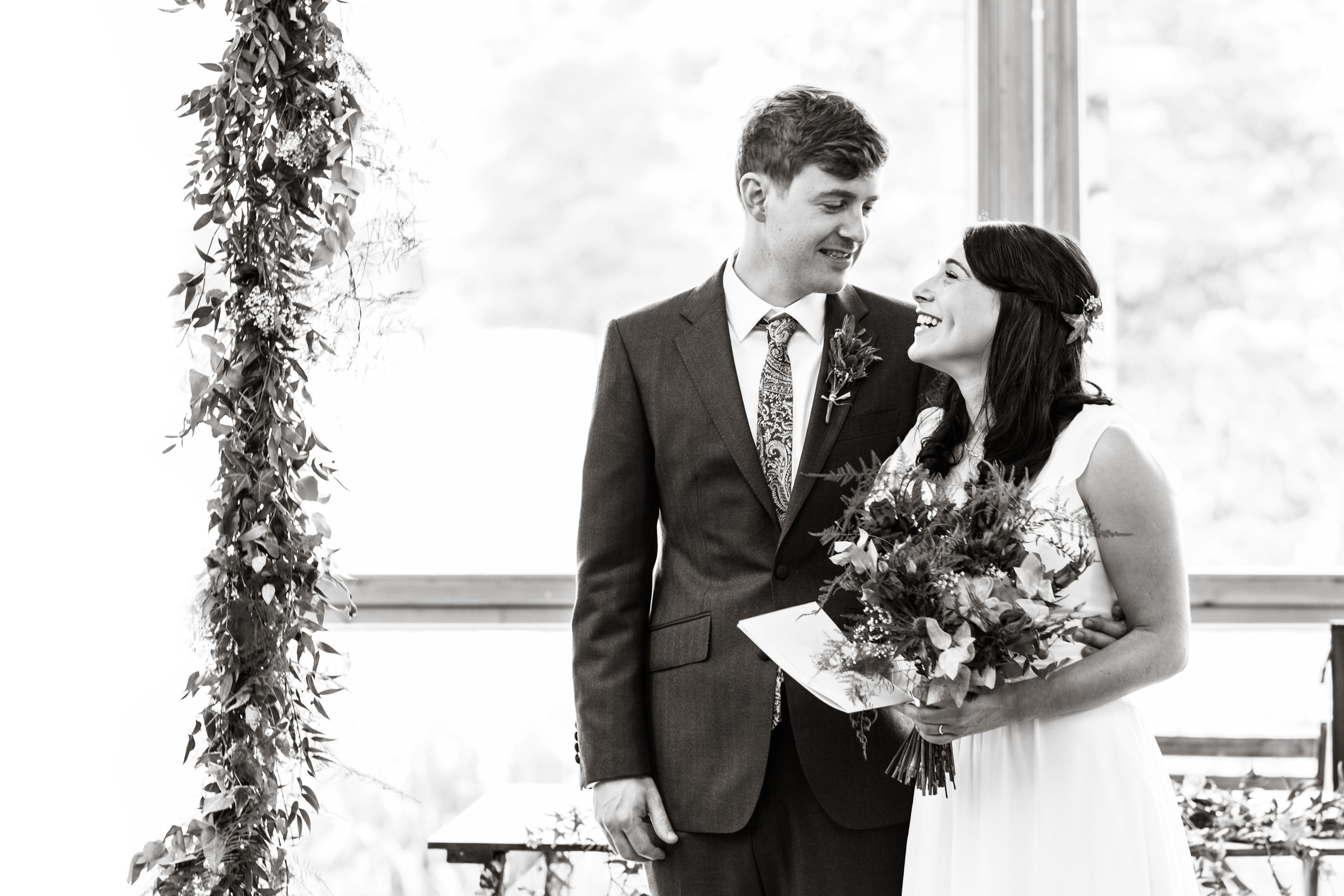 Wedding+Photography+At+The+Art+Pavilion+Mile+End+005.jpg