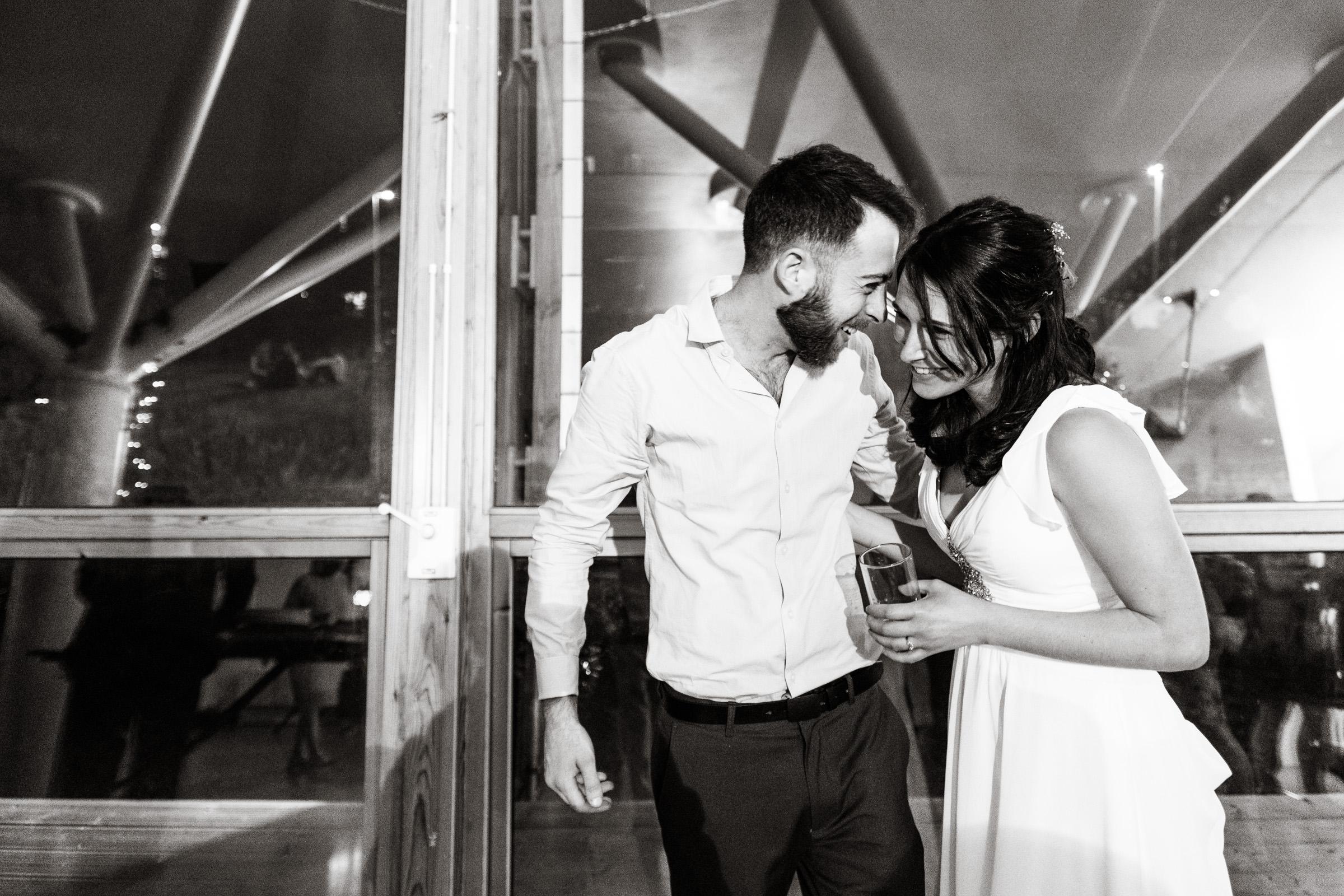 Wedding+Photography+At+The+Art+Pavilion+Mile+End+031.jpg