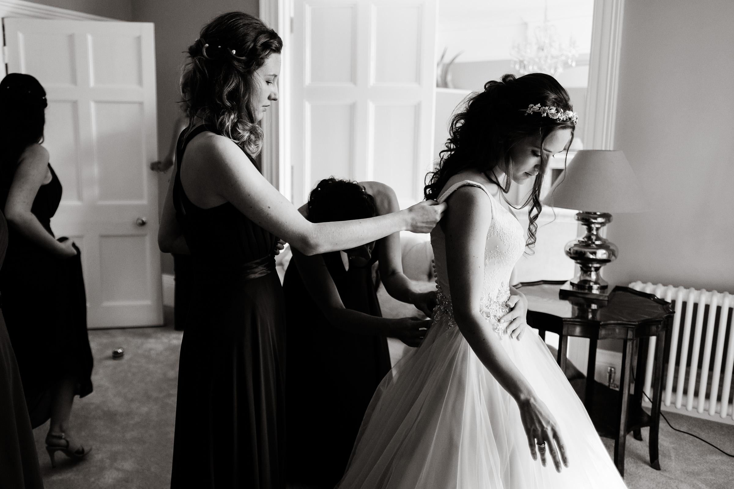 Rockbeare+Manor+Wedding+Photos+Devon+002.jpg