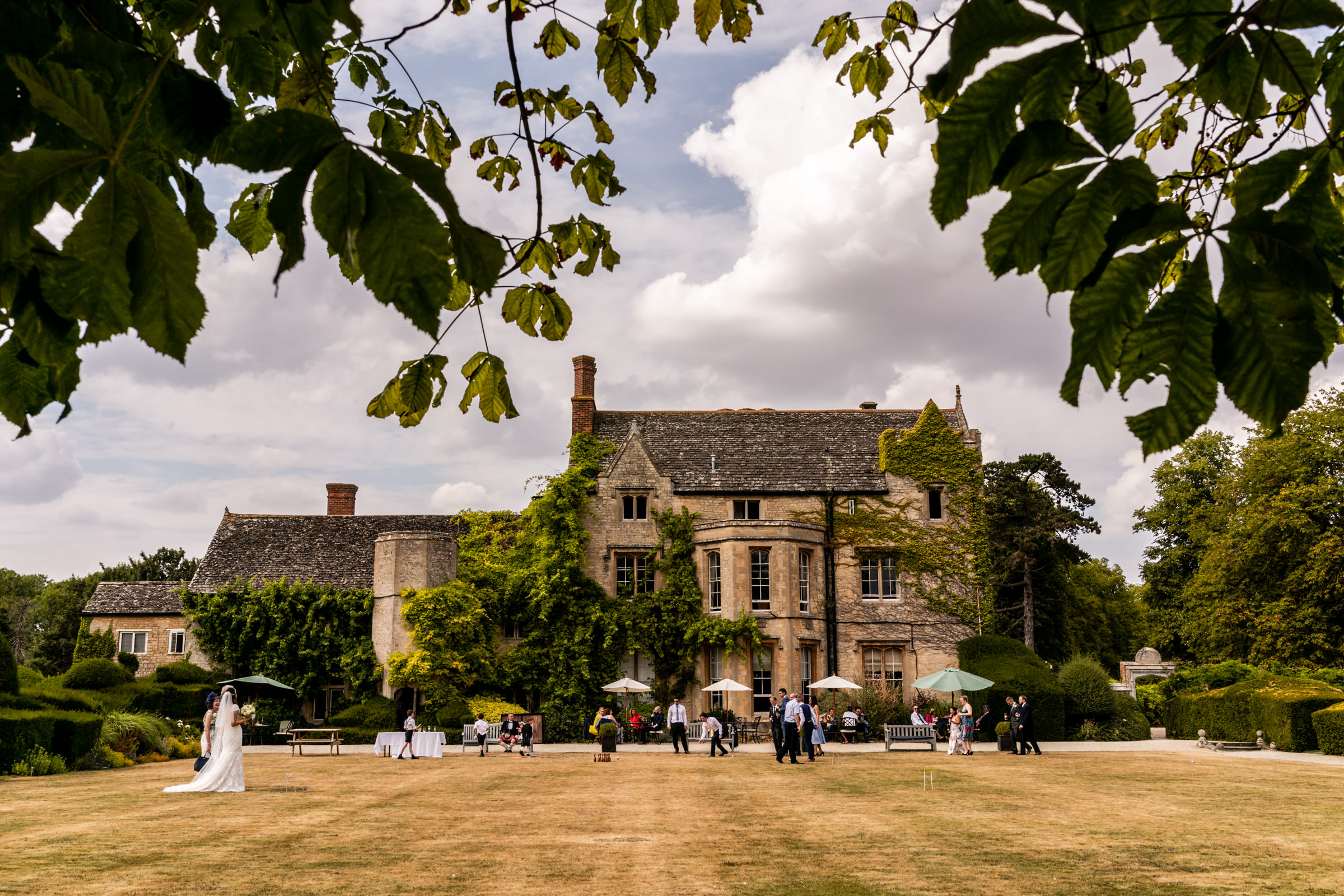 Weston+Manor+Wedding+Photography+Oxfordshire+029.jpg