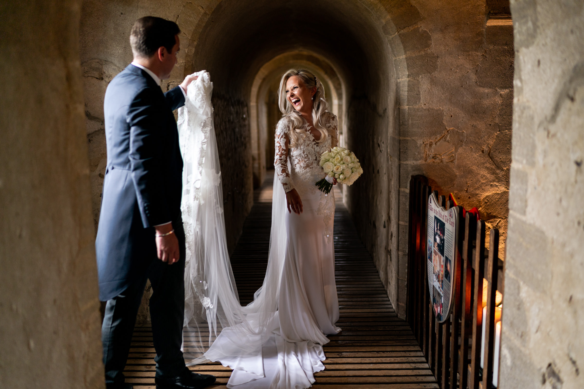 Hedingham+Castle+Wedding+Photography+024.jpg