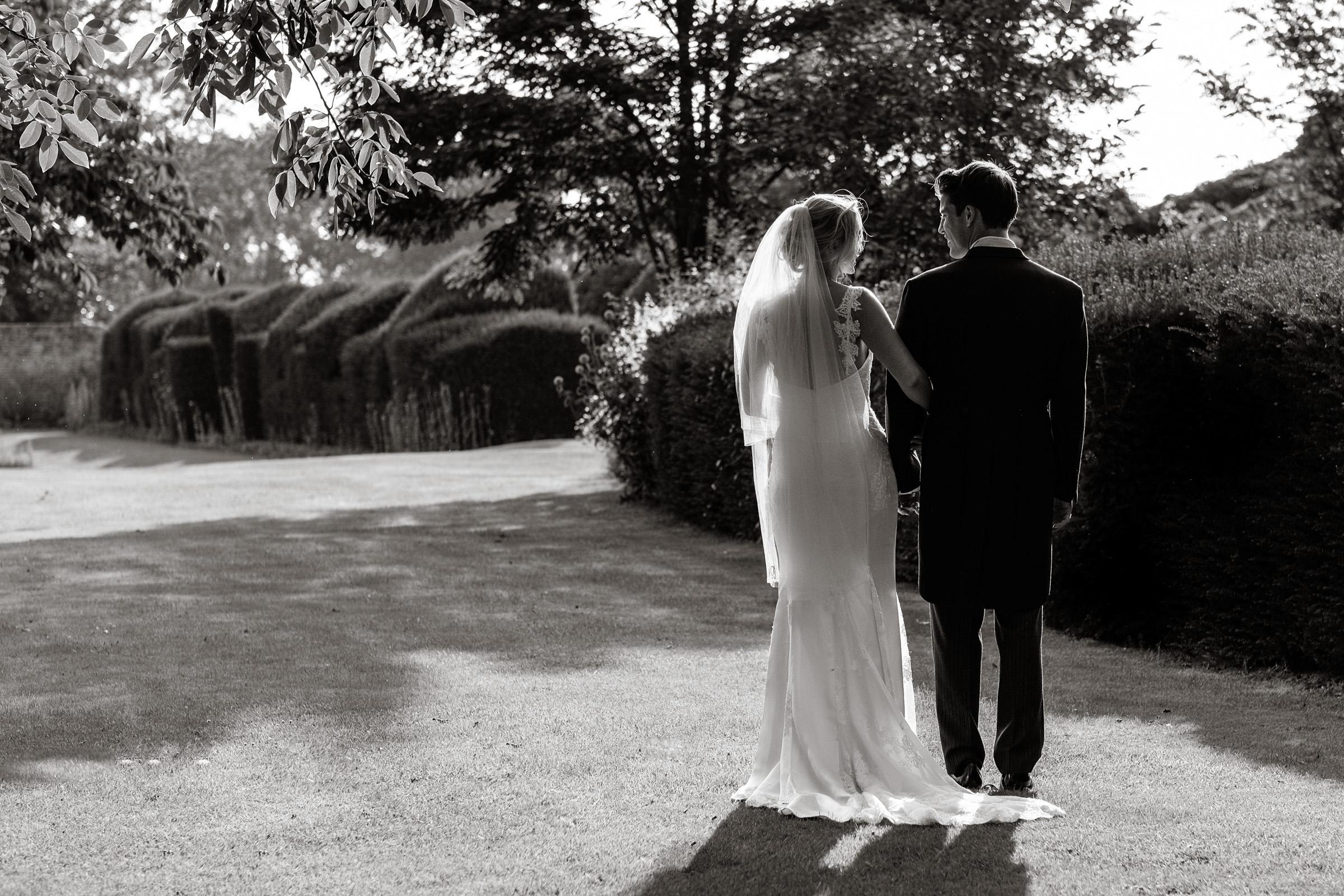 Wedding+at+Parkside+School+in+Surrey+026.jpg