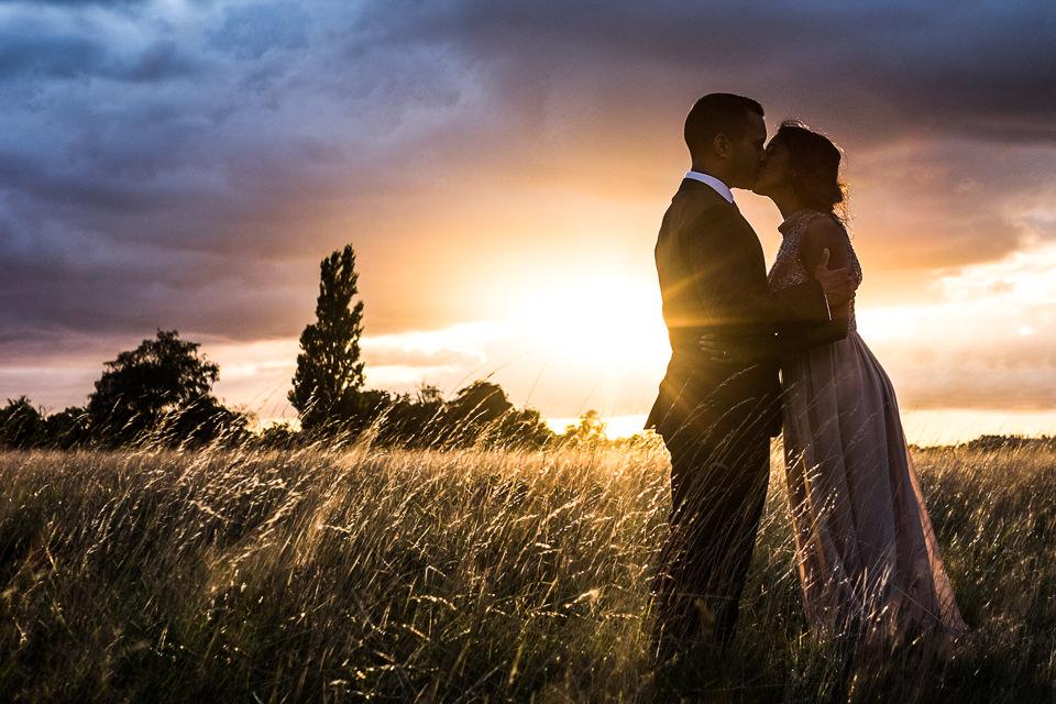 hampton-court-palace-golf-club-wedding-photography-surrey-4.jpg