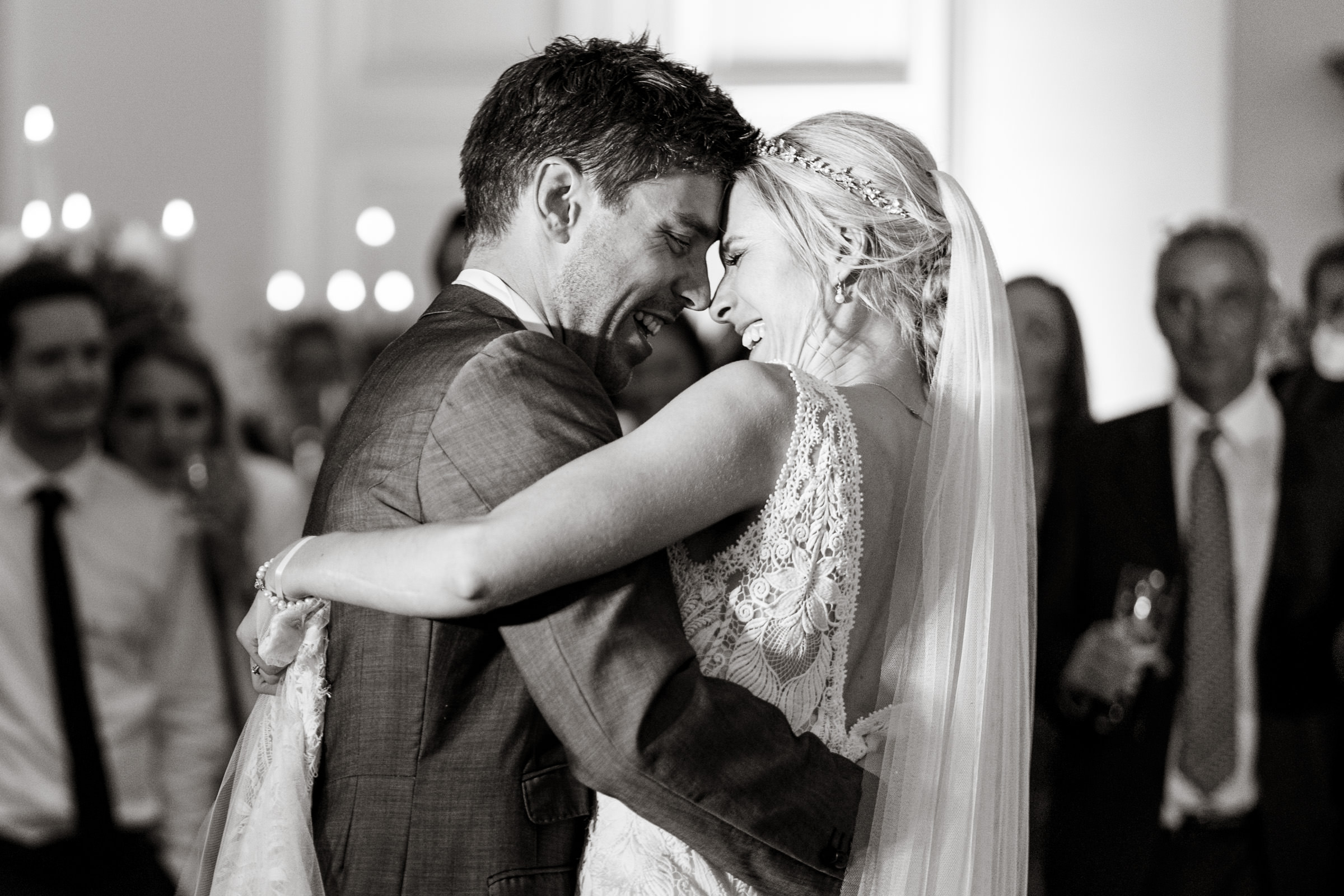 Farnham-Castle-Wedding-Photography-14.jpg