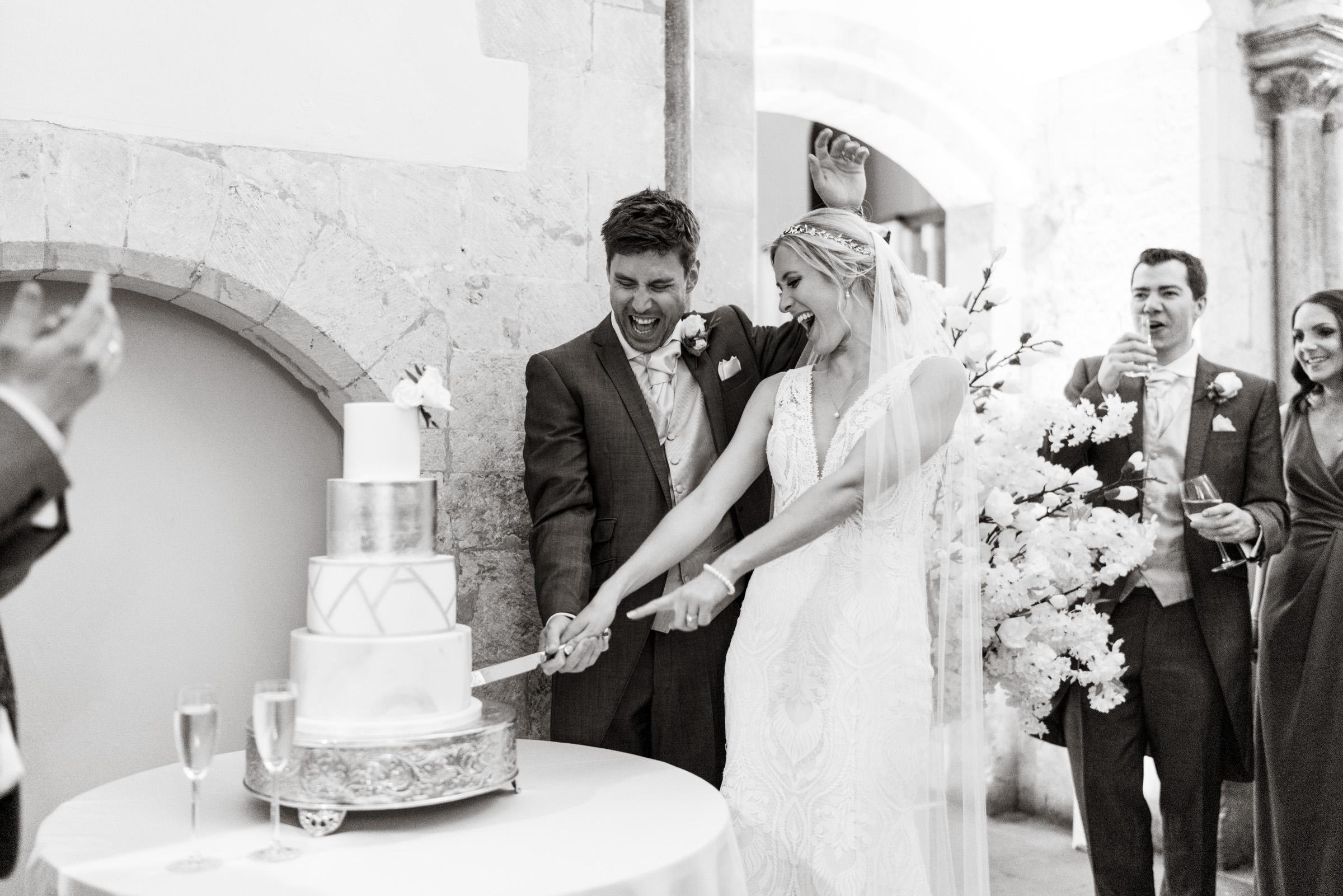 Farnham-Castle-Wedding-Photography-13.jpg