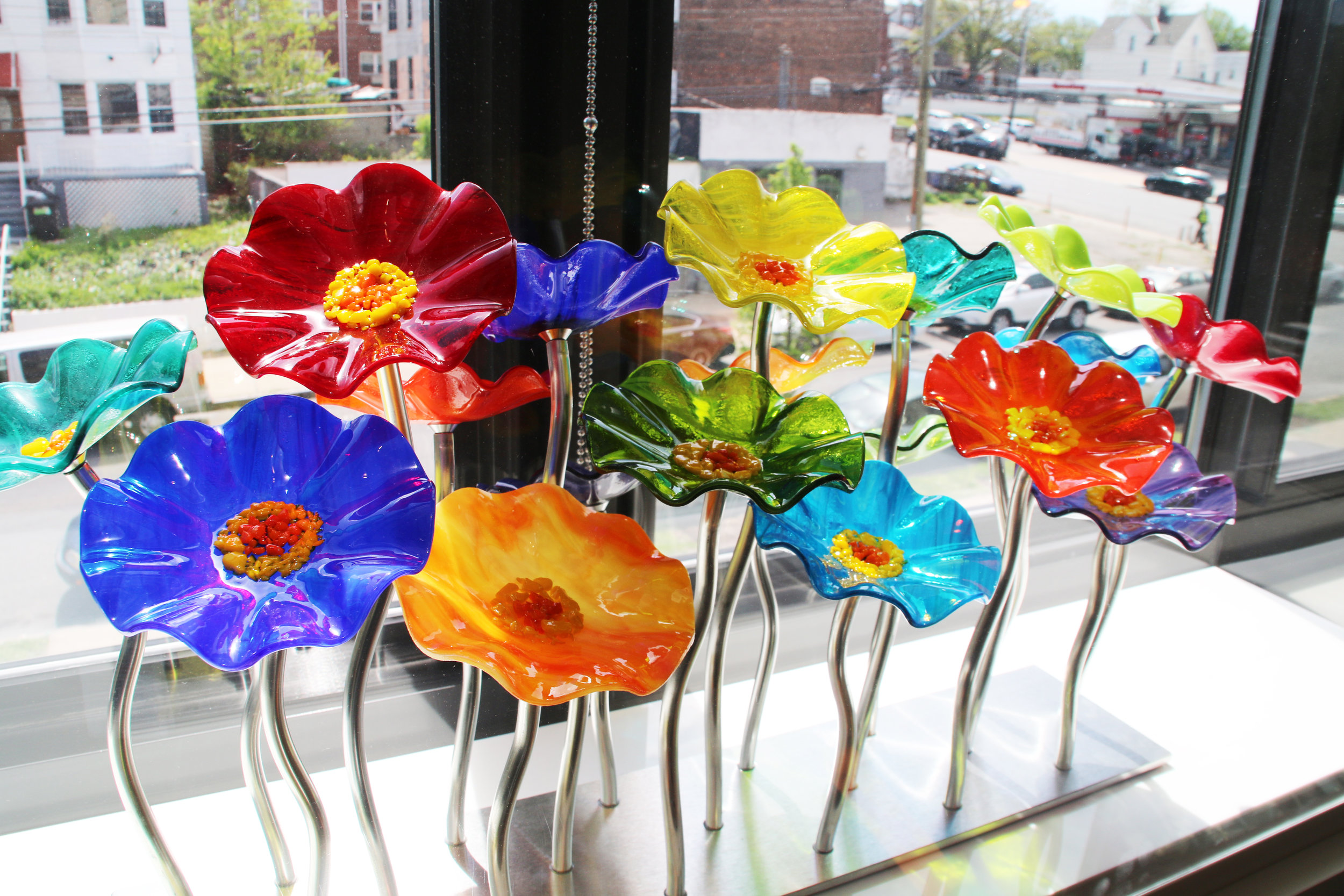 Scott Johnson Rainbow Flowers, 2017 Glass flowers and steel base