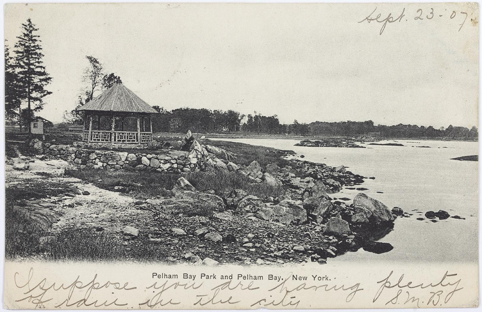 Gazebo, Pelham Bay Postcard, 1907.jpg