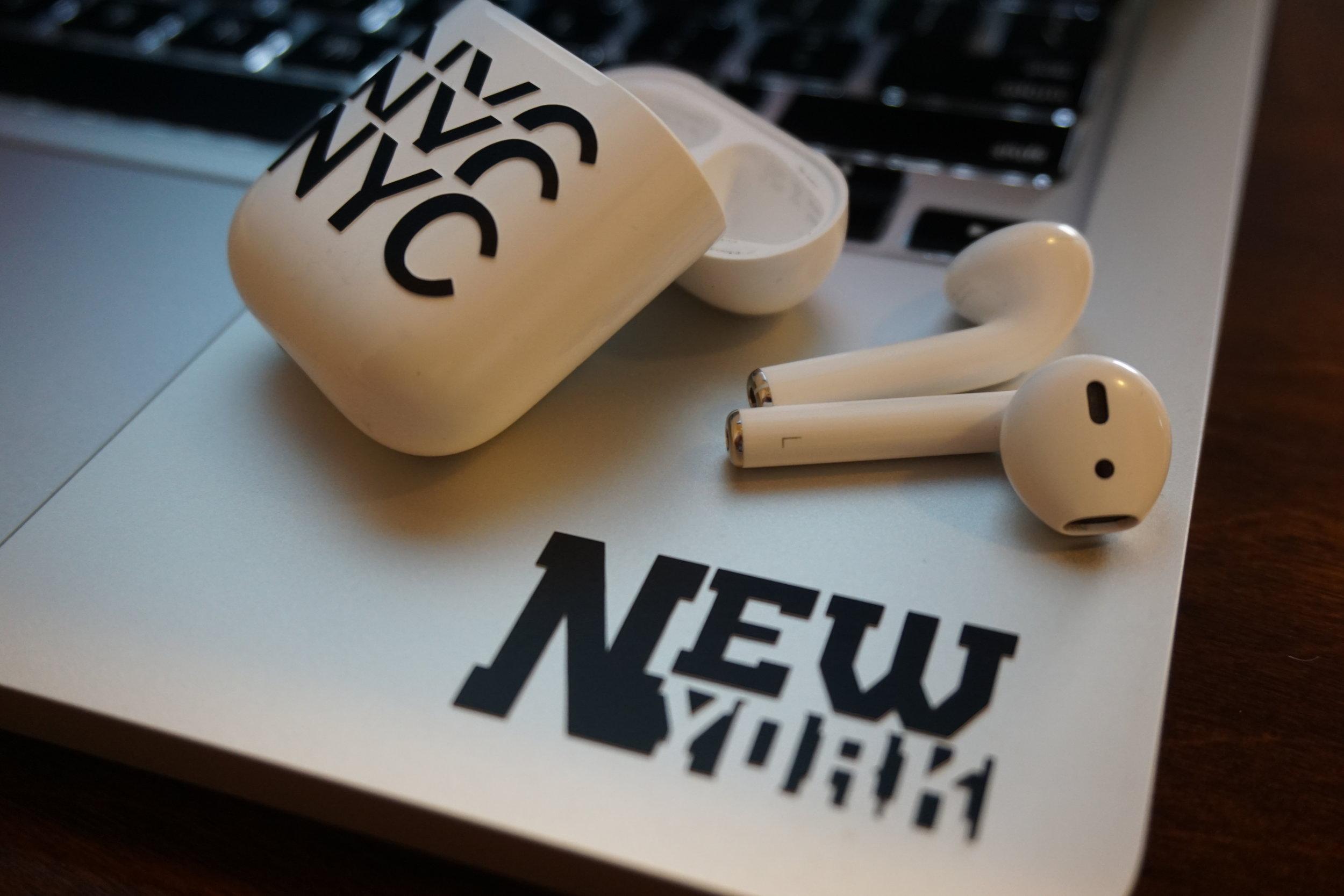 airpods-macbook-decal-accessory