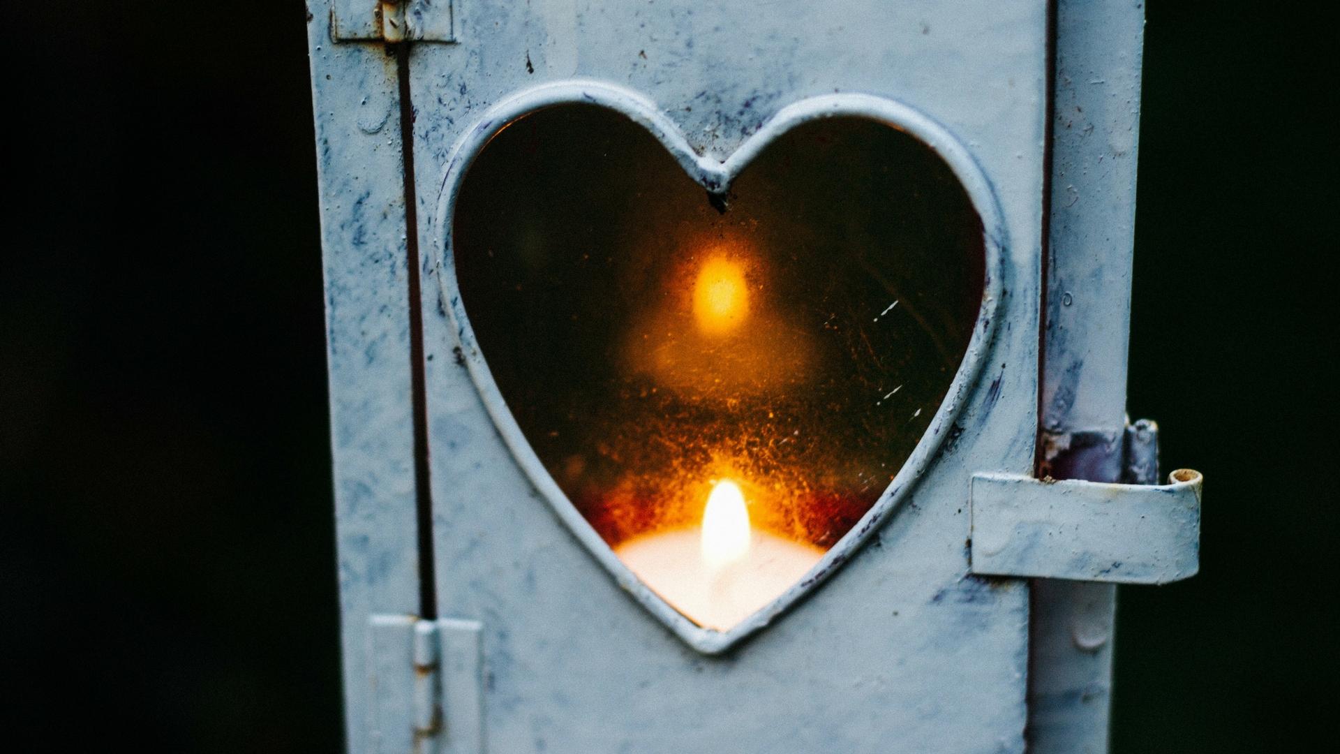 banner-heart-flame.jpg