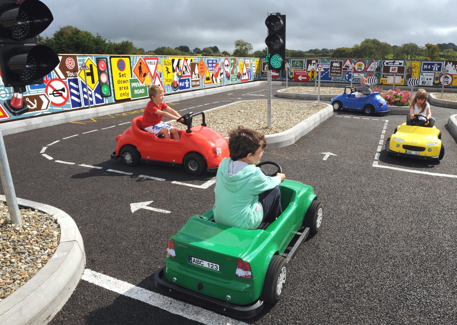 Kids_Driving_School.jpg