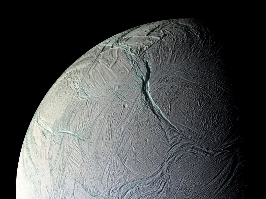297191main_enceladus_full-b0ca3cb53af3ff16333023a85837278df9600a27-s900-c85.jpg