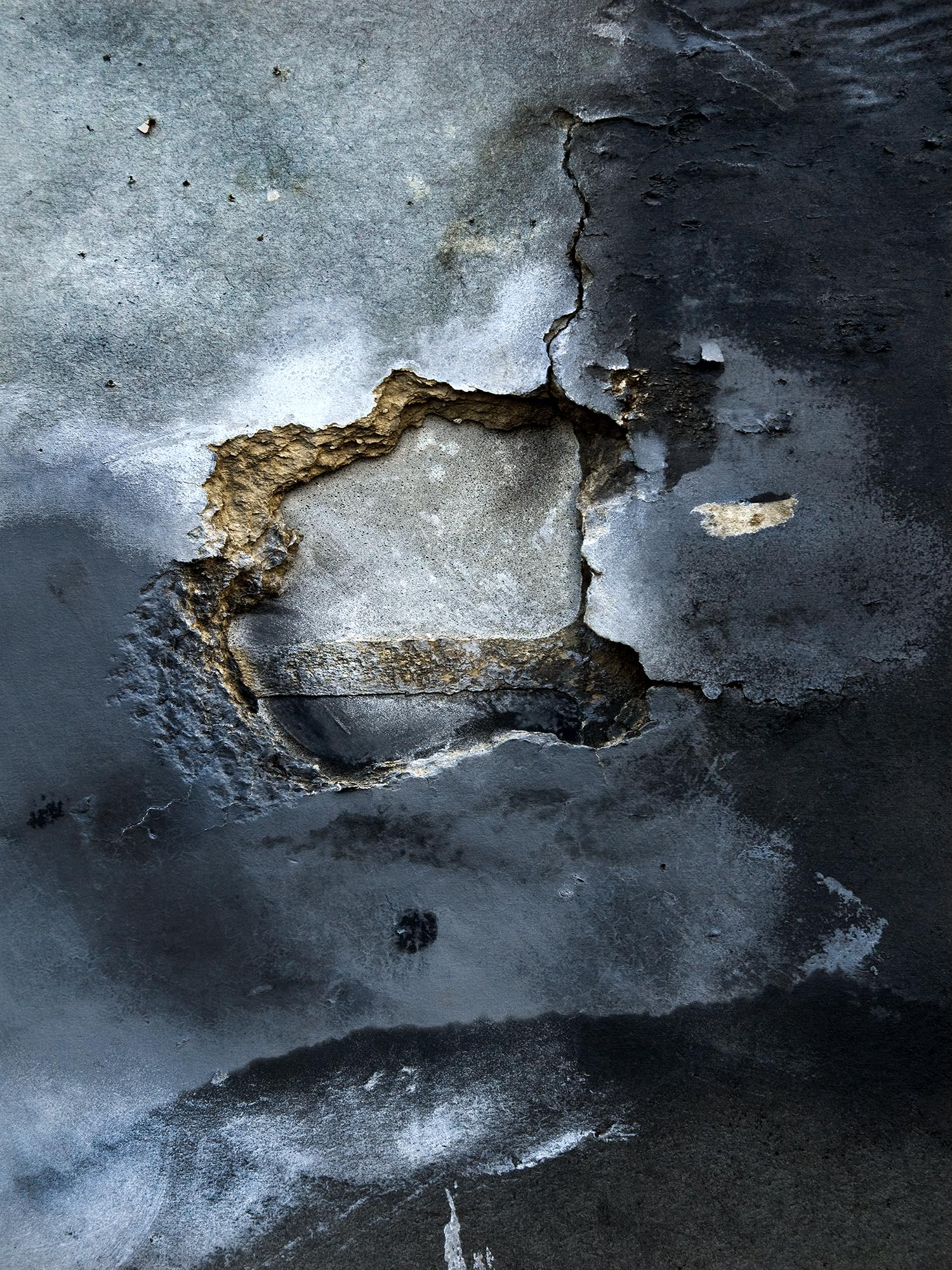 hole A4.jpg
