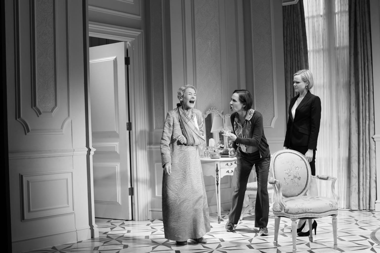 Three Tall Women, Glenda Jackson, Laurie Metcalf, Alison Pill, 2018