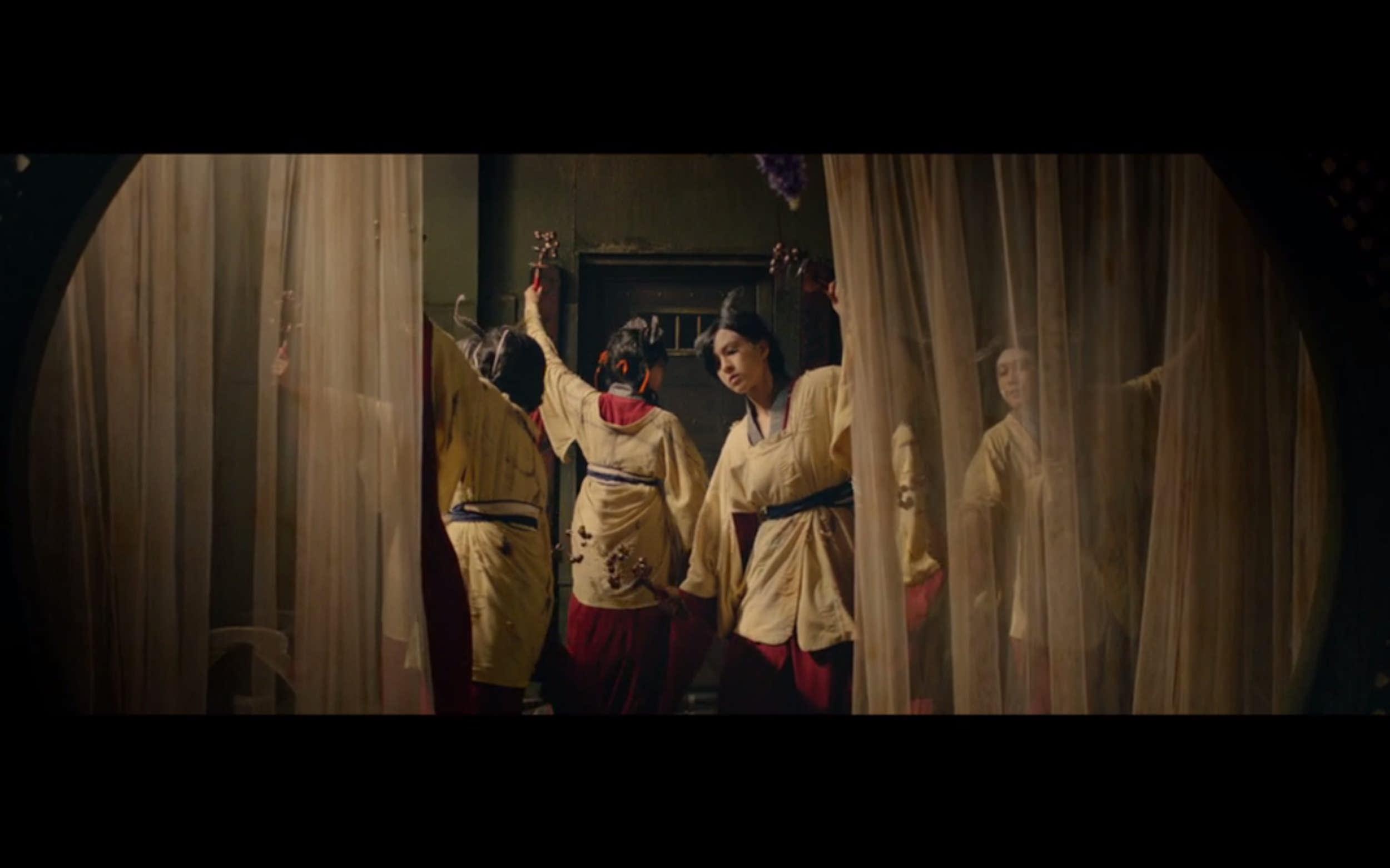 Kitsune dances.jpg