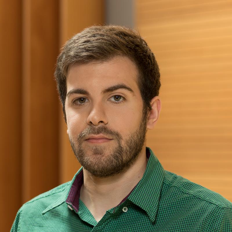 Franco Degioanni   Ph.D. Student   fdegioanni@ieee.org    LinkedIn
