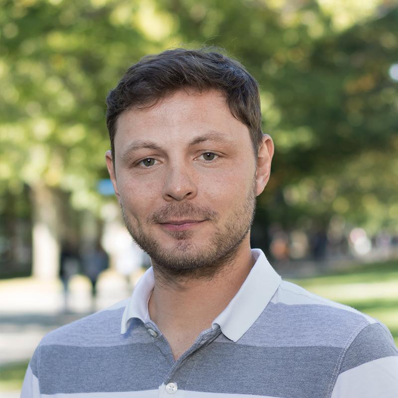 Ignacio Galiano   Ph.D.Student   igaliano@ieee.org    LinkedIn