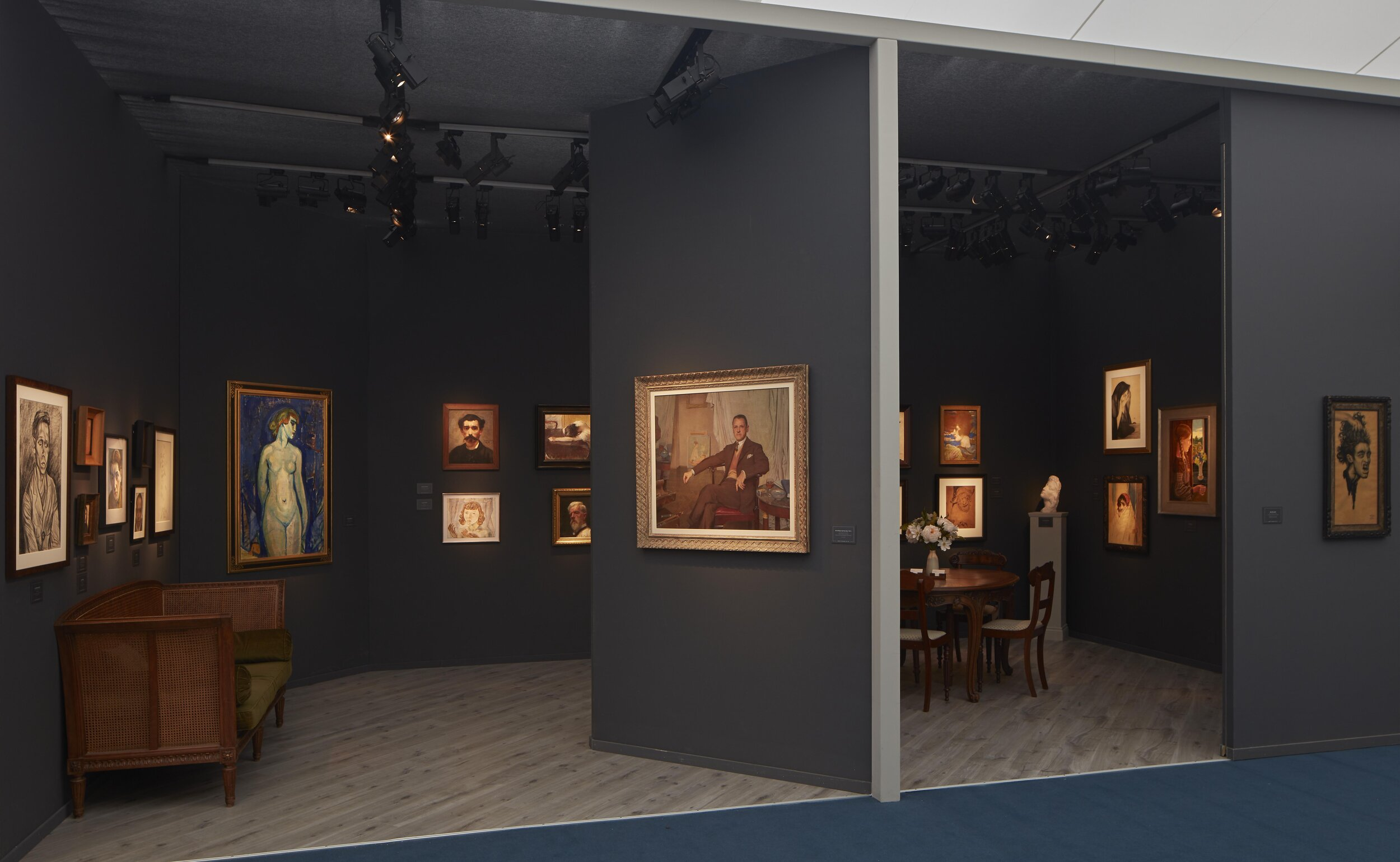 Frieze Masters stand view 9