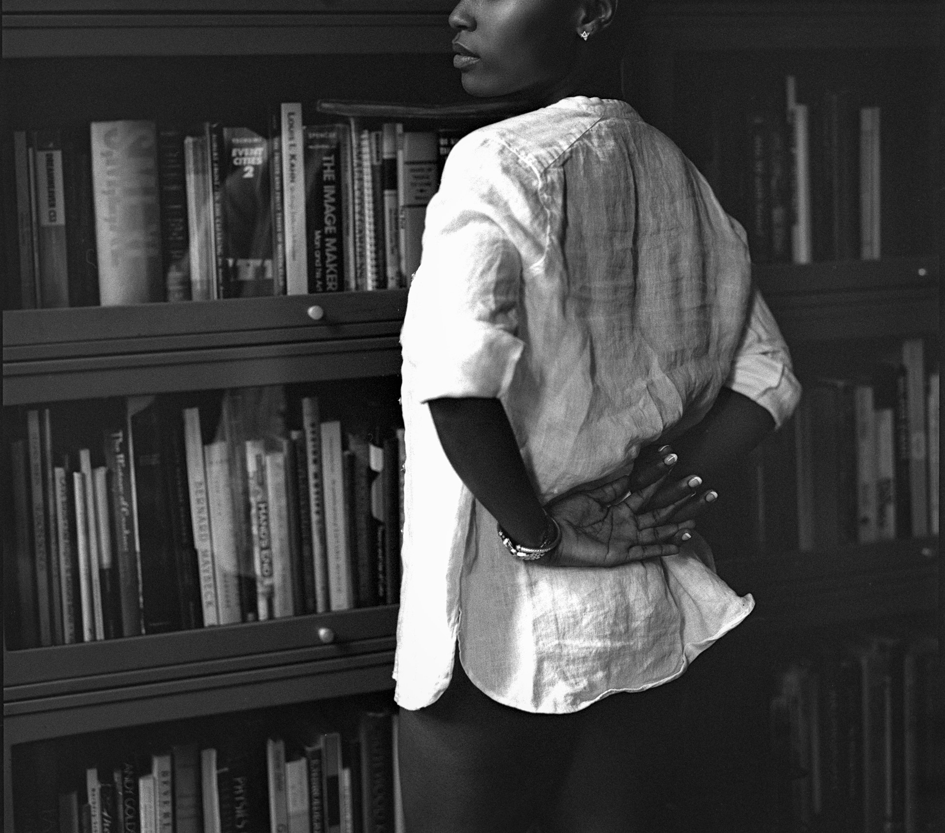 Nia Bolde linen shirt and books