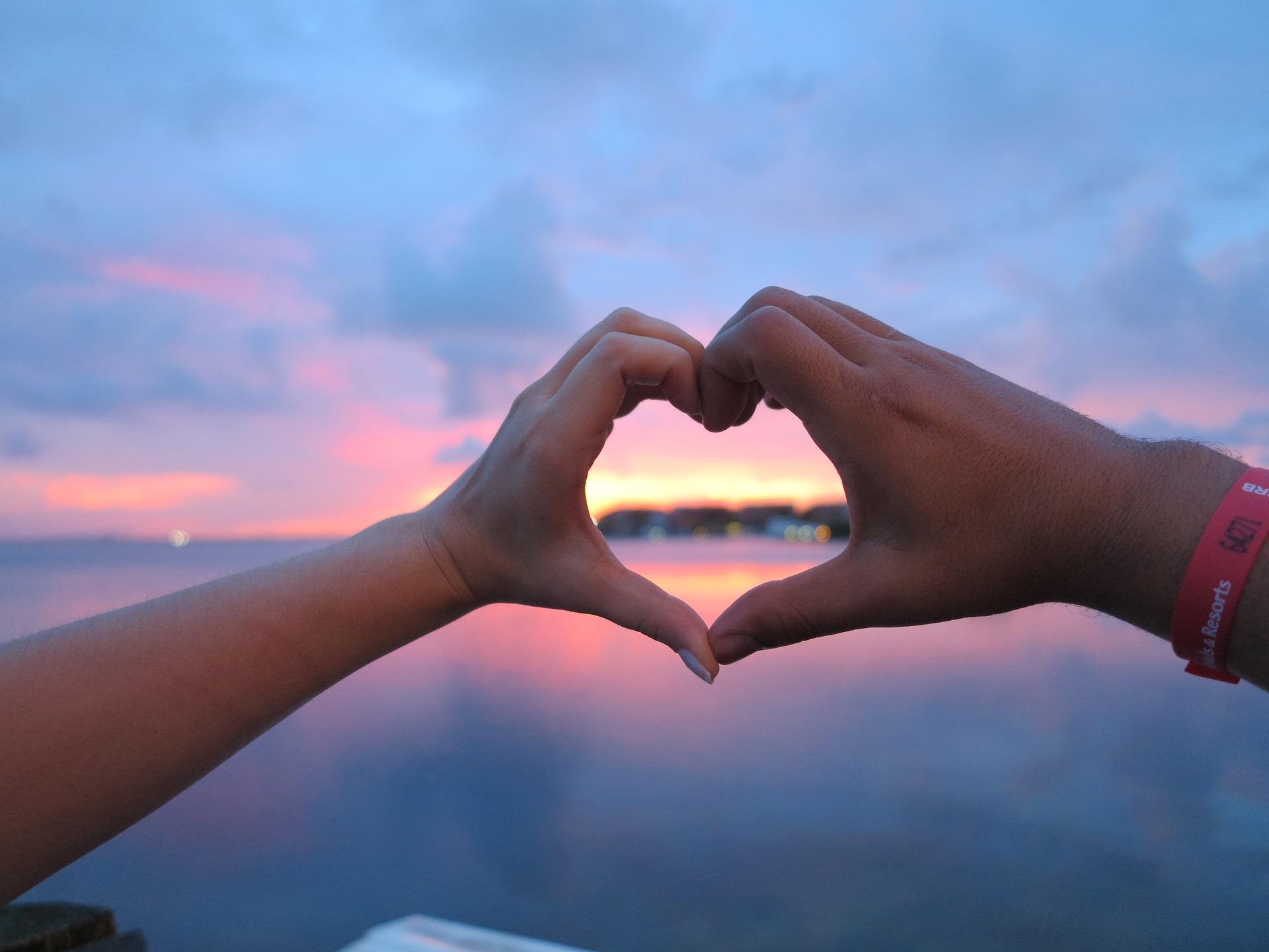 love-1462407_1920.jpg
