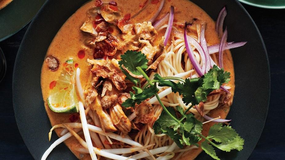 chicken-khao-soi1.jpg